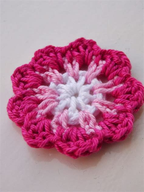 bloem haken patroon gratis free pattern flower gratis patroon bloemetje crochet
