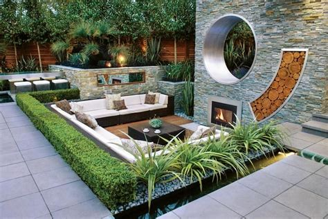 modern backyard landscaping great modern landscape design ideas from rolling stone