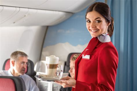 quanto guadagna un assistente alla poltrona trovare lavoro come assistente di volo come diventarlo e