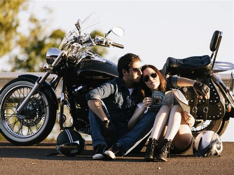 imagenes romanticas en moto test which type of guy is right for you playbuzz
