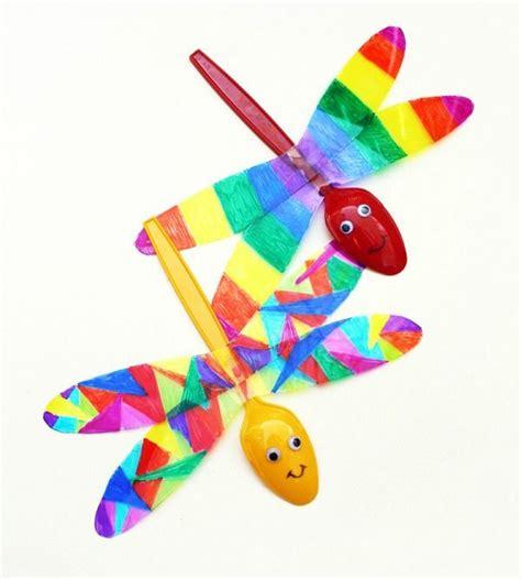 cara membuat mainan lucu dari barang bekas capung lucu dari sendok plastik