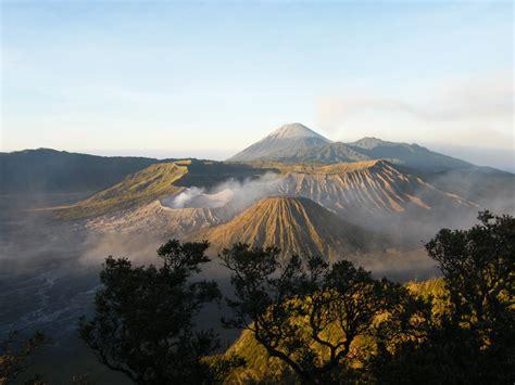 unduh wallpaper alam gunung bromo wisata alam indonesia tempat wisata foto