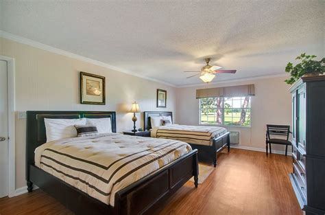 cottages on the green in pensacola hotel rates reviews