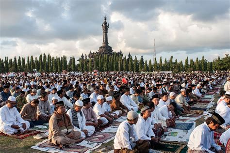 the world celebrating the holy month of ramadan eid ul