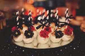 Vintage great gatsby wedding dessert table cupcakes cakepops cake