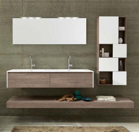 mobili lavabo sospesi le 25 migliori idee su doppio lavabo da bagno su