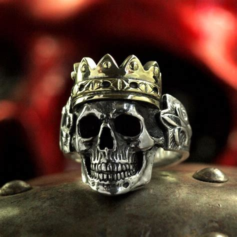 Skull Ring King silver skull ring with crown anatomically correct