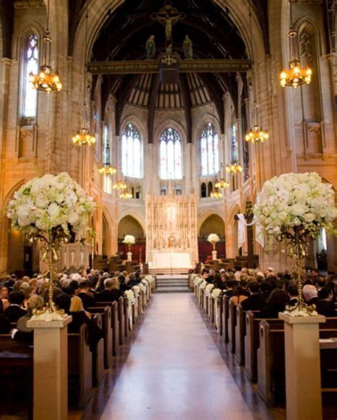 glamorous vintage church wedding ceremony decorations