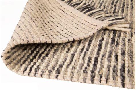 Table Et Chaise Pas Cher 2868 by Tapis 100 Finition Manuelle Azteca 160x230 Charbon