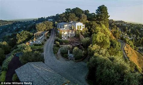 tom cruise house tom cruise revealed as owner of hollywood home as he lists