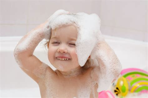 kids in bathtub do your children have body safety rules drgreene com