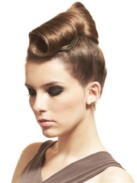 Front Hairstyles With A Bun | 14 amazing front bun hairdo for the holidays