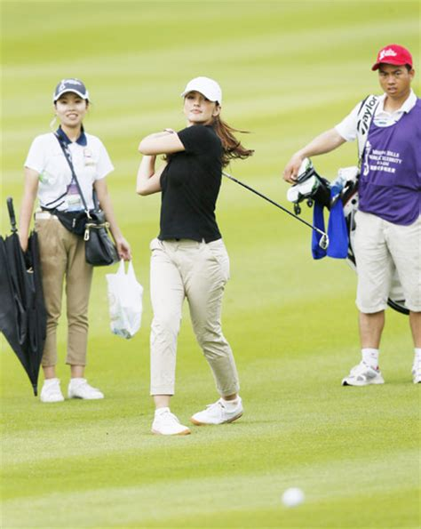 actress of mission china world celebrity pro am golf tournament held in haikou 9