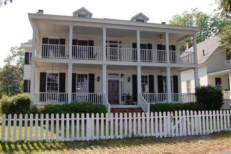 houses with porches isle of beautiful waterfront homes near