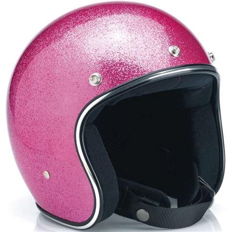 Helm Rosa pink helmet in the pink