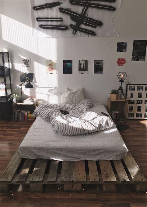 bedroom accessories for men best 25 guy bedroom ideas on pinterest office room