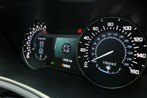 how make cars 2012 lincoln mkx instrument cluster 2016 lincoln mkx review lincoln beats lexus at its own game