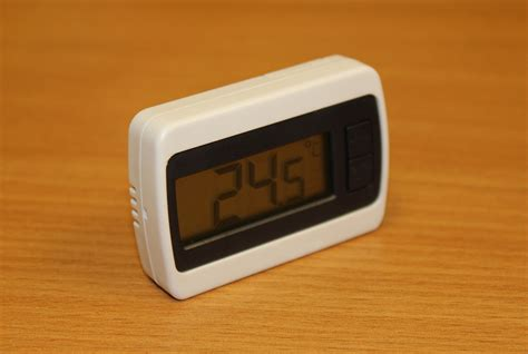 digital wall mounted room thermometer new wall hang indoor lcd digital display room temperature thermometer ebay