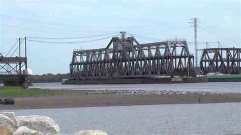 madison swing fort madison swing bridge barge youtube