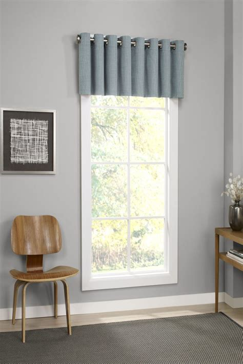 valances for living room 6 window valance styles that look great in any living room