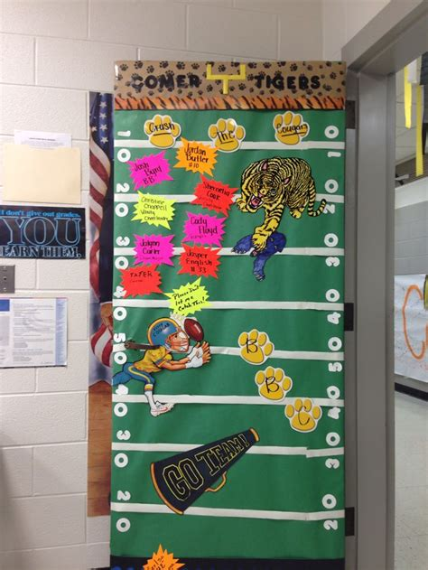 Homecoming Door Decorations by 11 Best Images About Homecoming At School On