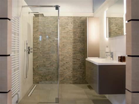 design dusche gemauerte dusche als blickfang im badezimmer vor und