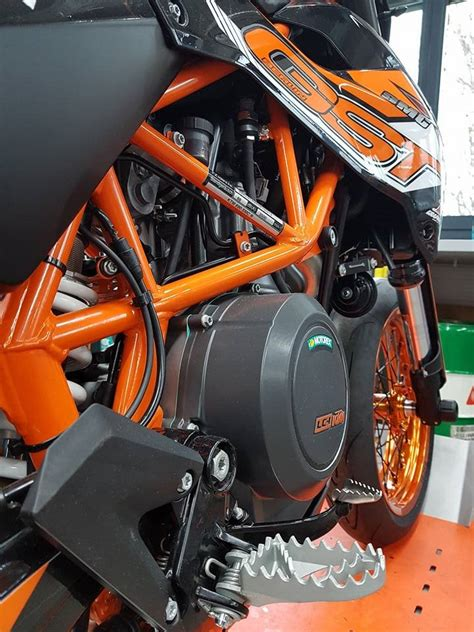 Motorrad Ktm 690 Smc by Umgebautes Motorrad Ktm 690 Smc R Von Gst Berlin Gmbh