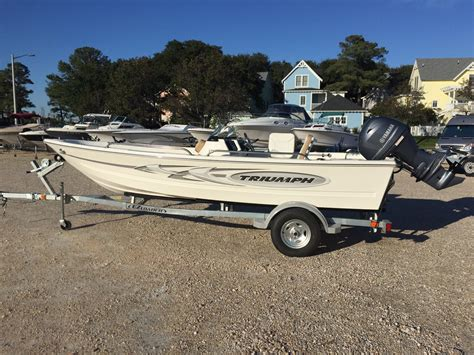 skiff boat canada triumph skiff 1700 triumph boats launches innovative