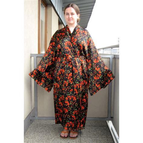 free pattern kimono robe elfka s silk kimono robe sewing projects burdastyle com