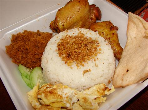 cara membuat nasi uduk khas jakarta resep kuliner mudah dan praktis nasi uduk