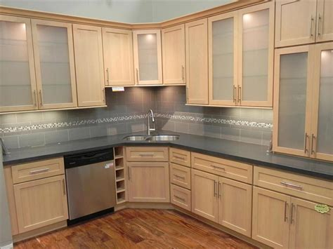 kitchen designs maple cabinets