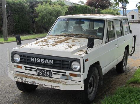 1980 nissan patrol lovely day for a nice stroll through the jungle gifs