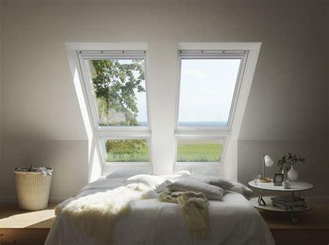 sonnenschutz schlafzimmer schlafzimmer mit blick ins gr 252 ne dank der velux