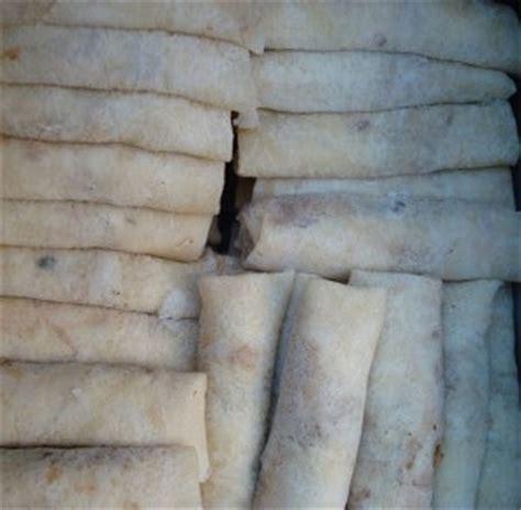 cara membuat pisang coklat kulit lumpia resep untuk membuat kulit lumpia basah cara dan resep