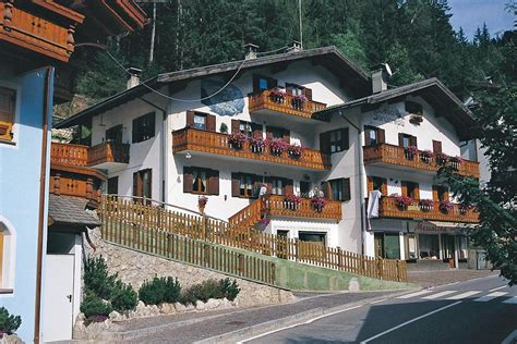 canazei appartamenti privati soracreppa martino 180 c 232 sa soracreppa 180 appartamenti
