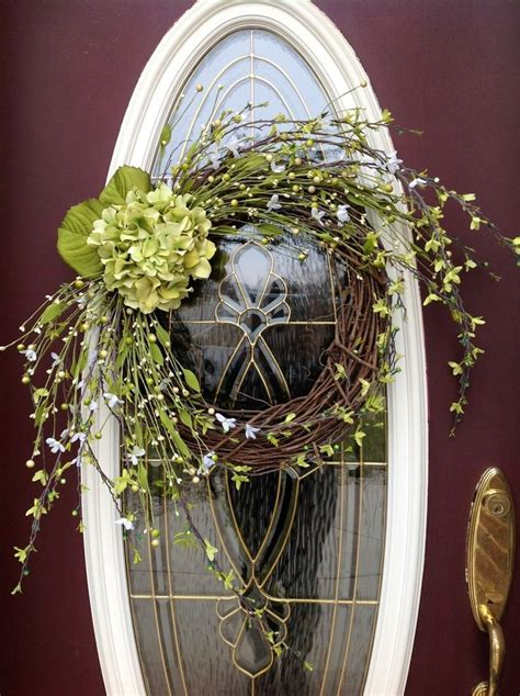 Vine Wreath Decorating Ideas by 22 Best Images About Wreath S On Dishes Autumn Wreaths And Fall Wreaths