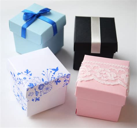 small gifts custom for amanda 5 assorted small gift boxes pretty