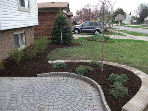 Paver Patio With Retaining Wall Paver Patio Designs Retaining Wall Images Home Furniture Ideas
