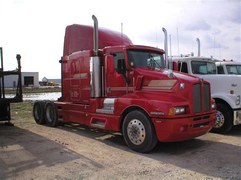 kenworth t600 kenworth t600 photos photogallery with 2 pics carsbase com