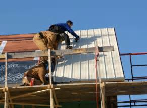 installing the metal roof design construction of