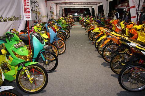 Modifikasi Vespa Tangerang by Top Modifikasi Motor Di Tangerang Terbaru Modifikasi