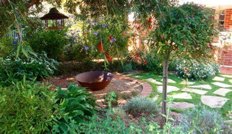 garden design ideas  inspired    gardens