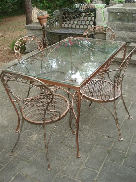 Vintage Woodard Patio Furniture by 1000 Ideas About Vintage Patio Furniture On