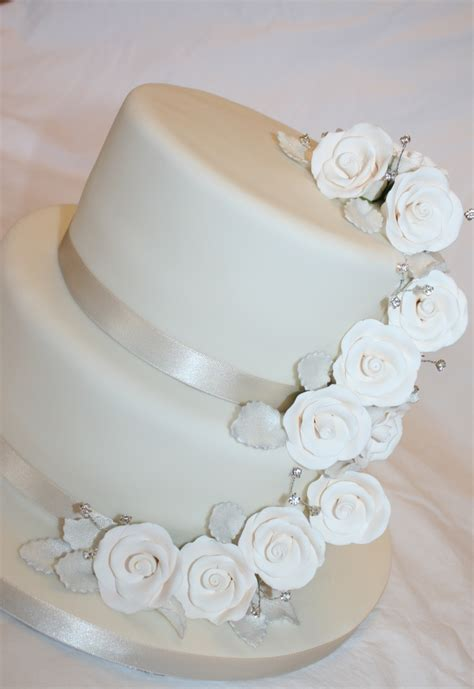 33 best Wedding Cakes by Cake Inspirations images on Pinterest   Cake wedding, Rose wedding