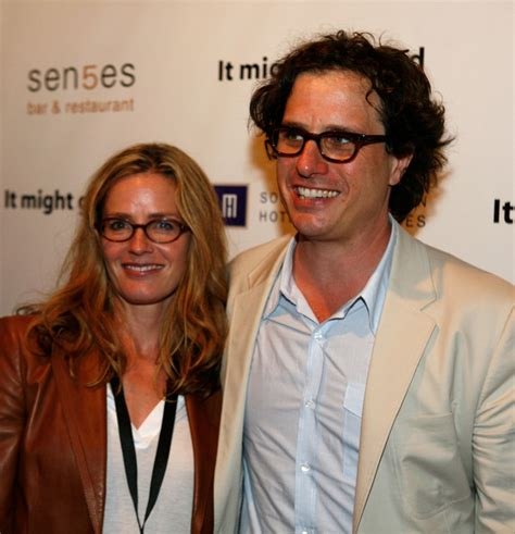 elisabeth shue children actress elisabeth shue and her husband davis guggenheim