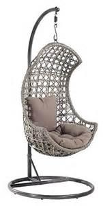 chaise suspendu chaise suspendue santos en rotin avec