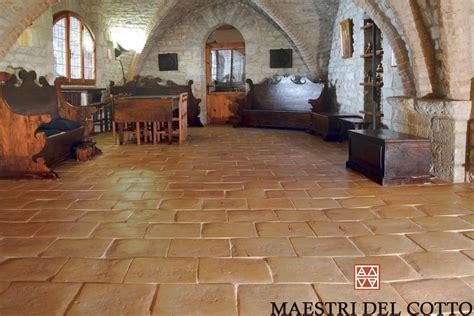 pavimenti chiese pavimento in cotto per chiese e luoghi pubblici maestri
