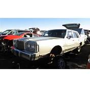 Lincoln Town Car Cartier Series – Junkyard Find