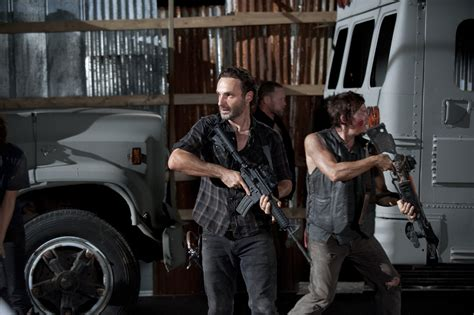 the king is dead the last will and testament of henry viii books the walking dead 3x09 king the walking dead