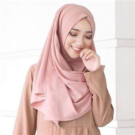 model hijab terbaru  segi empat wisuda syari